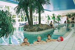 vakantie in Nedersaksen met zwembad